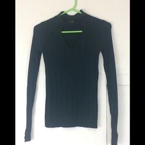 Dark green Jessica Simpson sweater with cut out.